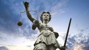 Cómo elegir un buen abogado- pares seixas